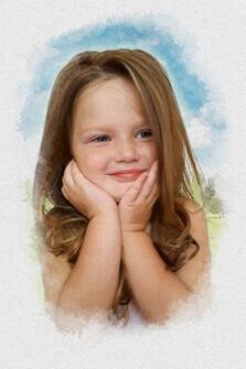 Акварельный портрет девочки на бело-голубом фоне